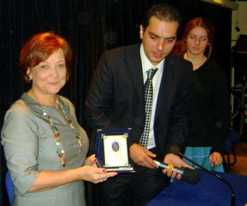 Fatma Gürel, İzmir Saint Joseph  lisesinde  Aralık 2012