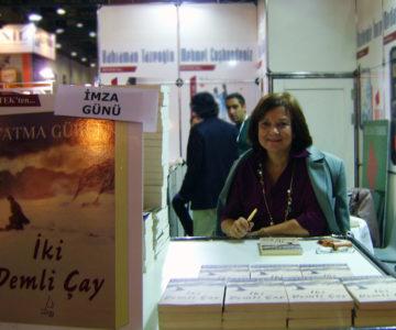 Uluslararası İstanbul Kitap Fuarı, Fatma Gurel İmza günü